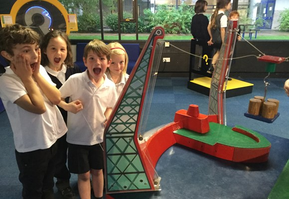 Year 2 Trip to Techniquest